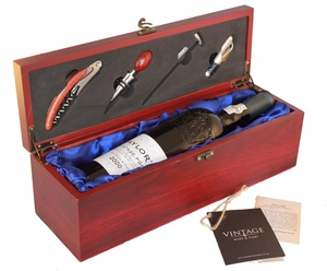 Deluxe Gift box with Accessories